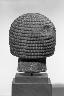 Male Head. Basalt, 4 13/16 x 4 x 4 5/16 in. (12.3 x 10.2 x 11 cm). Brooklyn Museum, Anonymous gift in memory of Mary E. Lever and H. Randolph Lever, 64.1.2. Creative Commons-BY
