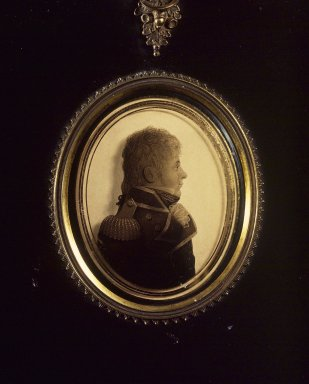 Lea of Portsmouth. Silhouette of Man Facing Right, Wearing Military Uniform, ca. 1810. Paint on glass, gold border, gilt inner frame, papier mache outer frame, framed size: 7 1/8 x 6 in. (18.1 x 15.2 cm). Brooklyn Museum, Gift of the Estate of Emily Winthrop Miles, 64.195.104