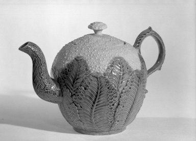 Josiah Wedgwood & Sons Ltd. (founded 1759). Cauliflower Shaped Teapot, ca. 1760., 5 3/4 x 8 1/2 x 2 5/8 in. (14.6 x 21.6 x 6.7 cm). Brooklyn Museum, Gift of the Estate of Emily Winthrop Miles, 64.195.49. Creative Commons-BY