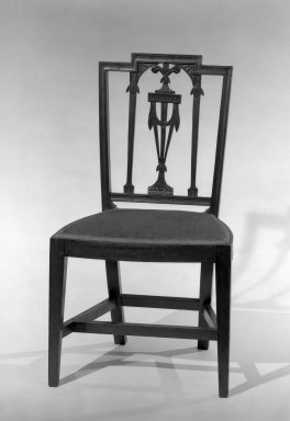 American. Side Chair, ca. 1880. Mahogany, 36 x 20 1/4 x 16 1/4 in. (91.4 x 51.4 x 41.3 cm). Brooklyn Museum, Gift of Mrs. Anthony Tamburro in memory of her mother, Grace Hunter Biddle, 64.205.1. Creative Commons-BY