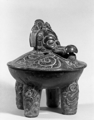 Maya. Tetrapod Bowl with Lid, 350-450. Ceramic, pigment, Overall with Lid: 13 x 11 1/4 x 11 1/4 in. (33 x 28.6 x 28.6 cm). Brooklyn Museum, Ella C. Woodward Memorial Fund, 64.217a-b. Creative Commons-BY