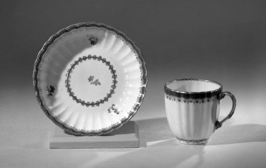 Coffee Cups and Saucers, One of Set, ca. 1795 - 1796. Porcelain, cup: 2 1/2 x 2 5/8 in. (6.4 x 6.7 cm). Brooklyn Museum, Anonymous gift, 64.241.46. Creative Commons-BY