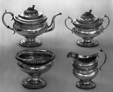 William Thomson (1809-1845). Teapot, ca. 1820. Silver, 8 3/4 x 12 5/8 in. (22.2 x 32.1 cm). Brooklyn Museum, Gift of Mrs. Chester Dale, 64.76.1. Creative Commons-BY
