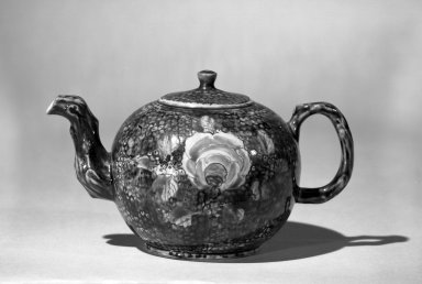 Tea Pot, ca.1750., H. including finial: 3 3/4 in. (9.5 cm). Brooklyn Museum, Bequest of H. Randolph Lever, 64.80.15. Creative Commons-BY