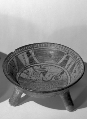 Mixteca-Puebla. Tripod Bowl, 1150-1350 C.E. Ceramic, pigments, 4 x 9 1/2 x 9 1/2 in. (10.2 x 24.1 x 24.1 cm). Brooklyn Museum, Gift of Frances Pratt, 65.17.2. Creative Commons-BY