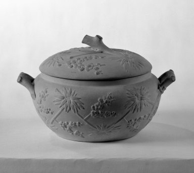Wedgwood (founded 1759). Sugar Bowl with Cover, ca. 1840. Caneware, 4 x 5 in. (10.2 x 12.7 cm). Brooklyn Museum, Gift of the Bess and Sam Zeigen Family, 66.229.10a-b. Creative Commons-BY