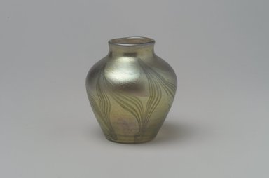 Tiffany Studios (1902-1932). Vase, 1901-1905. Opalescent glass, 2 1/4 x 2 1/16 x 2 1/16 in. (5.7 x 5.2 x 5.2 cm). Brooklyn Museum, Bequest of Laura L. Barnes, 67.120.80. Creative Commons-BY