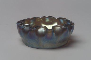 Tiffany Studios (1902-1932). Salt Cellar, ca. 1900-1920. Opalescent glass, 1 x 2 5/8 x 2 5/8 in. (2.5 x 6.7 x 6.7 cm). Brooklyn Museum, Bequest of Laura L. Barnes, 67.120.86. Creative Commons-BY