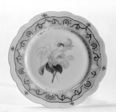 Ovington Brothers (?). Plate, ca. 1889. Porcelain, 3/4 x 7 11/16 in. (1.9 x 19.5 cm). Brooklyn Museum, Gift of Frank J. Schwartz, 67.127. Creative Commons-BY