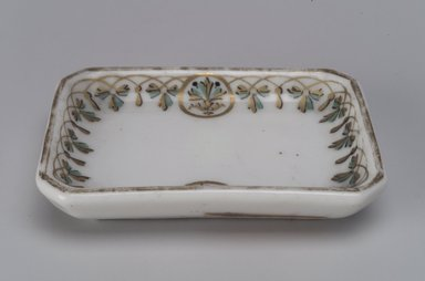 Union Porcelain Works (1863-circa 1922). Butter Dish, ca. 1880. Porcelain, 5/8 x 3 1/8 x 2 1/4 in. (1.6 x 7.9 x 5.7 cm). Brooklyn Museum, Gift of Franklin Chace, 68.87.12. Creative Commons-BY