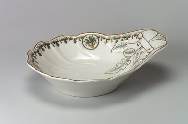 Union Porcelain Works (1863-circa 1922). Relish Dish, ca. 1880. Porcelain, 7 7/8 x 10 in. (20 x 25.4 cm). Brooklyn Museum, Gift of Franklin Chace, 68.87.2. Creative Commons-BY