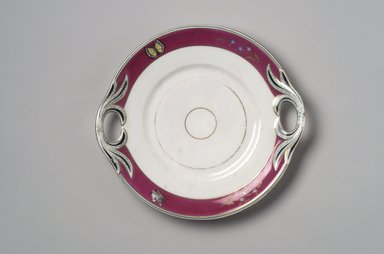 Union Porcelain Works (1863-ca.1922). Cake Plate, ca. 1879. Porcelain, 1 1/4 x 10 x 9 3/8 in. (3.2 x 25.4 x 23.8 cm). Brooklyn Museum, Gift of Franklin Chace, 68.87.21. Creative Commons-BY