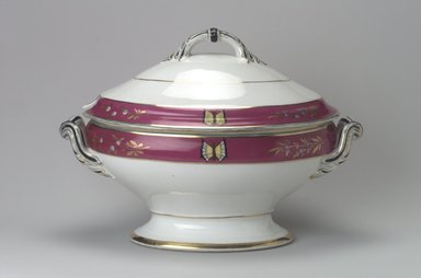 Union Porcelain Works (1863-ca. 1922). Soup Tureen with Cover, ca. 1879. Porcelain, 9 9/16 x 13 5/8 x 8 1/8 in. (24.3 x 34.6 x 20.6 cm). Brooklyn Museum, Gift of Franklin Chace, 68.87.25a-b. Creative Commons-BY