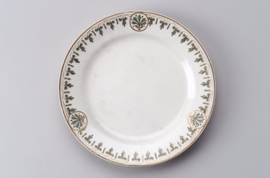 Union Porcelain Works (1863-circa 1922). Plate, ca. 1880. Porcelain, 1 1/8 x 9 1/2 x 9 1/2 in. (2.9 x 24.1 x 24.1 cm). Brooklyn Museum, Gift of Franklin Chace, 68.87.4. Creative Commons-BY