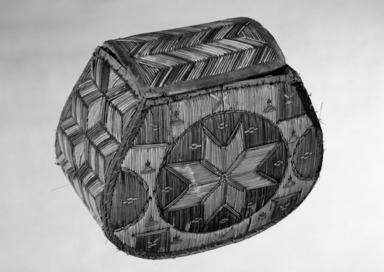 Woodlands (Native American). Rounded Box with eight pointed star pattern, late 19th century. Birchbark, porcupine quill, calico cloth, 5 1/8 x 3 1/8 in.  (13 x 8 cm). Brooklyn Museum, Ella C. Woodward Memorial Fund, 68.98. Creative Commons-BY