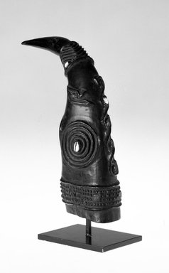 Kuba (Bushoong subgroup). Horn for Palm Wine, late 19th or early 20th century. Wood, shell, 9 1/2 x 12 in. (23.5 x 30.5 cm). Brooklyn Museum, Gift of Merton D. Simpson to the Jennie Simpson Educational Collection of African Art, 69.133.7. Creative Commons-BY
