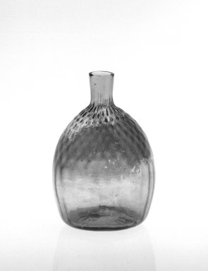 American. Half-Pint Flask, ca. 1835. Glass, 5 3/8 x 3 1/2 in. (13.7 x 8.9 cm). Brooklyn Museum, Gift of Mrs. Samuel Schwartz, 70.137.38. Creative Commons-BY