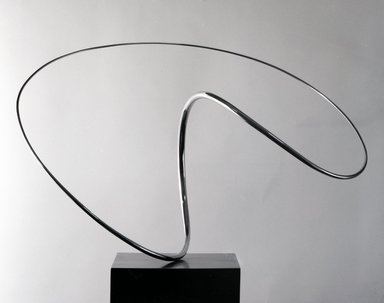 Jose de Rivera (American, 1904-1985). Construction No. 132, 1971. Polished stainless steel on motorized base, 16 1/2 x 27 x 17 in. (41.9 x 68.6 x 43.2 cm). Brooklyn Museum, Purchased with funds from the National Endowment for the Arts and Dick S. Ramsay Fund, 71.125. © Estate of Jose de Rivera