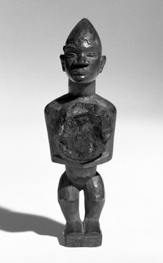 Kongo. Standing Male Figure, late 19th or early 20th century. Wood, 5 1/2 x 1 3/4 x 1 1/2 in. (13.5 x 4.5 x 4.0 cm). Brooklyn Museum, Gift of Merton D. Simpson to the Jennie Simpson Educational Collection of African Art, 72.175.5. Creative Commons-BY