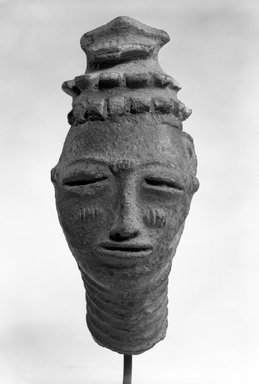 Anyi. Head, 17th or 18th century. Terracotta, 12 1/4 in. (31.0 cm). Brooklyn Museum, Gift of Mr. and Mrs. John A. Friede, 73.107.11. Creative Commons-BY