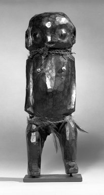 Zande. Yanda Figure (Nazeze Type), late 19th-early 20th century. Wood, metal, feathers, 8 3/4 x 2 3/4 x 2 1/2 in. (22.3 x 7.0 x 6.3 cm). Brooklyn Museum, Gift of Dr. and Mrs. Abbott A. Lippman, 73.154.2. Creative Commons-BY