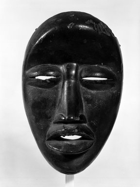 We. Mask, late 19th-early 20th century. Wood, 9 1/2 x 6 1/2 x 3 1/2 in. (24.1 x 16.5 x 8.9 cm). Brooklyn Museum, Gift of Gaston T. de Havenon, 73.179.10. Creative Commons-BY