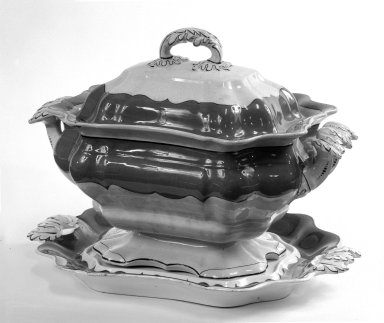 Tureen with Cover and Stand (Tray), ca. 1845. Cream ware, tray: 14 1/2 x 26 13/16 in. (36.8 x 68.1 cm). Brooklyn Museum, Gift of Mrs. Frederick Lohman, Jr., 73.82a-c. Creative Commons-BY