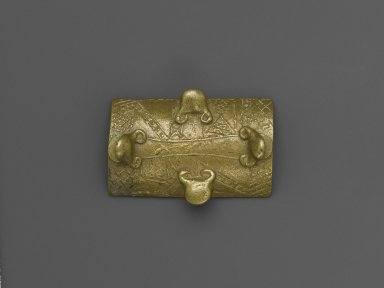 Asante. Gold Weight, 19th or 20th century. Cast brass, 1 1/4 x 1 3/4 x 2 1/16 in. (3.2 x 4.4 x 5.2 cm). Brooklyn Museum, The Franklin H. Williams Collection of Ashanti Brass Weights and Accessory Objects for Weighing Gold, Gift of Mr. and Mrs. Franklin H. Williams, 74.218.29. Creative Commons-BY