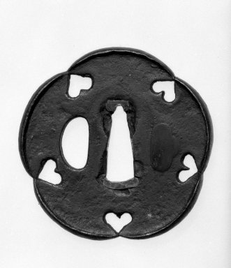 Sword Guard, 17th century. Iron; copper sekigane, 2 3/4 in. (7 cm). Brooklyn Museum, By exchange, 74.60.2. Creative Commons-BY