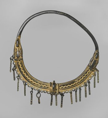 Dogon. Necklace, 11th-15th century (?). Copper alloy, 9 x 9 x 1 in. (22.9 x 22.9 x 2.5 cm). Brooklyn Museum, Gift of Mrs. Jacob M. Kaplan, 74.67. Creative Commons-BY