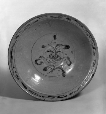 Shallow Bowl, 15th century. Porcelain, iron underglaze, 2 1/4 x 11 in. (5.7 x 27.9 cm). Brooklyn Museum, Designated Purchase Fund, 75.11.3. Creative Commons-BY