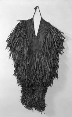 Mino (Straw Rain Cape), 19th century. Grass leaves or Okkagawa Bark, 54 x 49 in. (137.2 x 124.5 cm). Brooklyn Museum, Gift of Mr. and Mrs. Theodore S. Heineken, 75.171. Creative Commons-BY