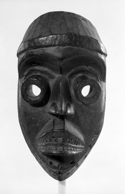 Dan. Bugle Mask, late 19th-early 20th century. Wood, 11 3/4 x 6 1/4 x 4 1/2 in. (29.8 x 15.9 x 11.4 cm). Brooklyn Museum, Gift of Mr. and Mrs. J. Gordon Douglas III, 75.189.3. Creative Commons-BY