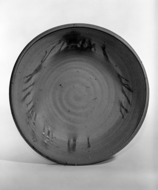 Kaneshige Toyo (Japanese, 1896, 1967). Basin with Hidasuki Designs, ca. 20th century. Stoneware with gray core., 3 1/4 x 14 1/2 in. (8.3 x 36.8 cm). Brooklyn Museum, Designated Purchase Fund, 75.35.2. Creative Commons-BY