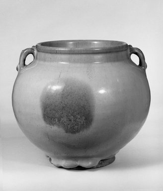 Jar with Double Handles, 1115-1368. Jun-ware porcelain (porcellaneous stoneware), 6 11/16 x 7 9/16 in. (17 x 19.2 cm). Brooklyn Museum, Gift of Bernice and Robert Dickes, 76.176. Creative Commons-BY