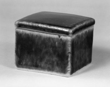Kawai Takeichi (Japanese, born 1908). Glazed Stoneware Boxd with Cover, ca. 1970. Stoneware, 2 x 2 1/4 x 2 1/4 in. (5.1 x 5.7 x 5.7 cm). Brooklyn Museum, Gift of Sidney B. Cardozo, Jr., 76.42.6a-b. Creative Commons-BY