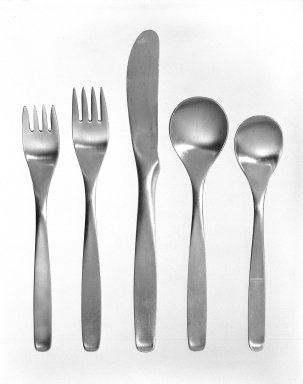 Russel Wright (American, 1904-1976). Dinner Fork, American Modern Line, ca. 1952. Stainless steel, 7 1/8 in. (18.1 cm). Brooklyn Museum, Gift of Russel Wright, 76.99.4. Creative Commons-BY