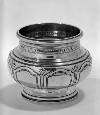 Gustave Keller. Waste Bowl, ca. 1900. Silver, 4 1/4 x 4 x 4 in. (10.8 x 10.2 x 10.2 cm). Brooklyn Museum, Gift of Margaret Liebman Berger and Charles J. Liebman, Jr. in memory of Aline and Charles J. Liebman, 77.188.7. Creative Commons-BY