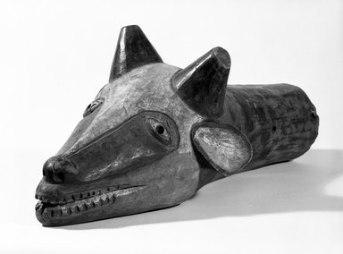 Yaka. Head of Water Buffalo, early 20th century. Wood, pigment, 10 x 9 1/2 x 23 1/4 in. (25.8 x 25.0 x 59.0 cm). Brooklyn Museum, Gift of the Edwards-Britt Collection, 77.242. Creative Commons-BY