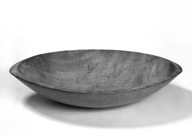 Shaker Community. Butter bowl, 1820-1865. Wood, 4 3/4 x 23 7/8 x 13 5/8 in. (12.1 x 60.6 x 34.6 cm). Brooklyn Museum, Gift of Mrs. Oscar Bernstien, 77.84.9. Creative Commons-BY