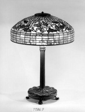 Tiffany Studios (1902-1932). Table Lamp, ca. 1906-1938. Bronze, glass, and lead, Overall: 26 x 18 1/8 x 18 1/8 in. (66 x 46 x 46 cm). Brooklyn Museum, Bequest of Carl Otto von Kienbusch, 77.86.7. Creative Commons-BY