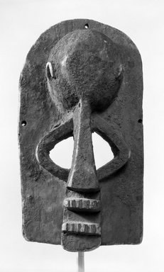 Dogon. Mask of Hunter with Bulbous Forehead, late 19th or early 20th century. Wood, 13 1/4 x 6 1/2 x 6 1/2 in. (33.6 x 16.5 x 16.5 cm). Brooklyn Museum, Gift of Mr. and Mrs. J. Gordon Douglas III, 78.115.1. Creative Commons-BY
