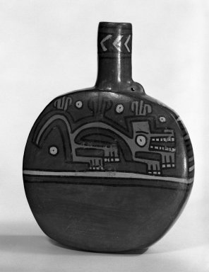 Wari. Canteen. Terracotta Brooklyn Museum, Gift of Mr. and Mrs. Paul B. Taylor, 78.118.38. Creative Commons-BY