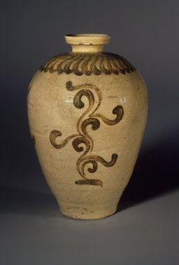 Vase, 12th century. Porcelaneous stoneware with celadon glaze, Height: 8 3/8 in. (21.3 cm). Brooklyn Museum, Gift of Mr. and Mrs. Robert M. Fomon, 78.199. Creative Commons-BY