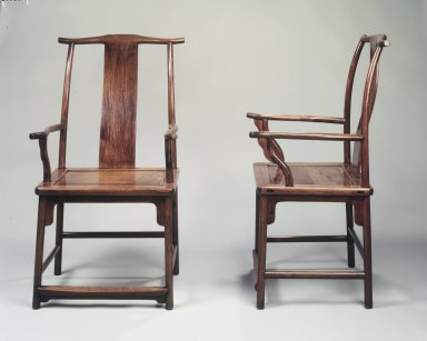 Yokeback Armchair, One of Pair, first half 17th century. Huanghuali wood, 43 5/8 x 24 x 23 in. (110.8 x 61 x 58.4 cm). Brooklyn Museum, Gift of Alice Boney, 78.246.1. Creative Commons-BY