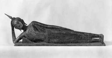 Reclining Buddha, late 18th-19th century. Gilt bronze, lacquer, mother-of-pearl inlaid eyes, 18 1/2 x 10 x 67 in. (47 x 25.4 x 170.2 cm). Brooklyn Museum, Gift of Willliam Randolph Reiss, 78.261. Creative Commons-BY
