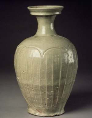 Bottle, late 11th century. Porcelaneous stoneware with celadon glaze, Height: 8 3/4 in. (22.2 cm). Brooklyn Museum, Gift of Jean Alexander, 79.246.3. Creative Commons-BY