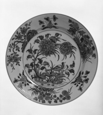 Plate, 1662-1722. Porcelain, 1 x 11 in. (2.5 x 27.9 cm). Brooklyn Museum, Gift of Robert S. Anderson, 79.247.3. Creative Commons-BY