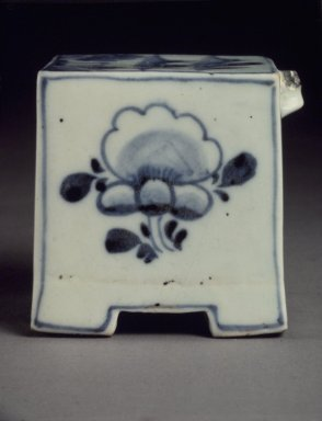 Water Dropper, 19th century. Porcelain with cobalt blue underglaze decoration, 2 3/4 x 2 1/2in. (7 x 6.4cm). Brooklyn Museum, Gift of Dr. John P. Lyden, 79.273.2. Creative Commons-BY