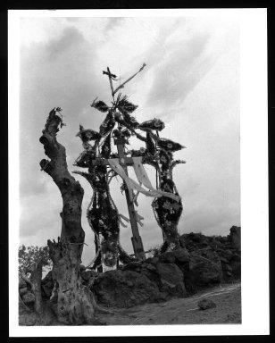 Manuel Alvarez Bravo (Mexican, 1902-2002). Cruce de Chalma, 1942. Gelatin silver photograph, image: 9 1/2 x 6 3/4 in. (24.1 x 17.1 cm). Brooklyn Museum, Gift of William Berley, 79.294.11. © Colette Urbajtel/Asociación Manuel Álvarez Bravo